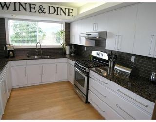 """Photo 3: 5650 EAGLE Court in North_Vancouver: Grouse Woods House for sale in """"EAGLE NEST"""" (North Vancouver)  : MLS®# V704250"""
