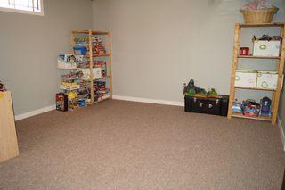 Photo 34: 85 Oakbank Drive in Oakbank: Single Family Detached for sale : MLS®# 1602936