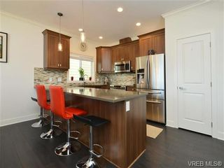 Photo 6: 1239 Bombardier Cres in VICTORIA: La Westhills House for sale (Langford)  : MLS®# 737795