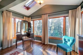 Photo 32: 14 SYMMES Bay in Port Moody: Barber Street House for sale : MLS®# R2583038