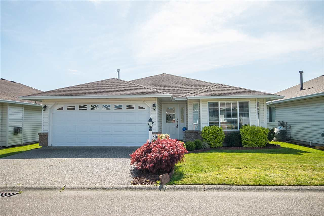 "Main Photo: 40 46485 AIRPORT Road in Chilliwack: Chilliwack E Young-Yale House for sale in ""WILLOWBROOK ESTATES"" : MLS®# R2057776"
