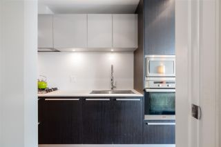 """Photo 4: 808 1221 BIDWELL Street in Vancouver: West End VW Condo for sale in """"ALEXANDRA"""" (Vancouver West)  : MLS®# R2592869"""