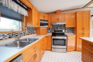 Photo 5: 35 North Drive in Portage la Prairie RM: House for sale : MLS®# 202121805