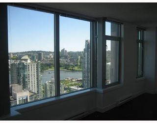 "Photo 8: 3202 1255 SEYMOUR Street in Vancouver: Downtown VW Condo for sale in ""ELAN"" (Vancouver West)  : MLS®# V711378"
