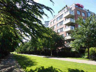 """Photo 22: 110 2228 MARSTRAND Avenue in Vancouver: Kitsilano Condo for sale in """"SOLO"""" (Vancouver West)  : MLS®# R2466105"""