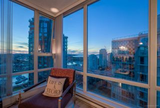 Photo 3: 2701 1495 RICHARDS STREET in Vancouver: Yaletown Condo for sale (Vancouver West)  : MLS®# R2137355