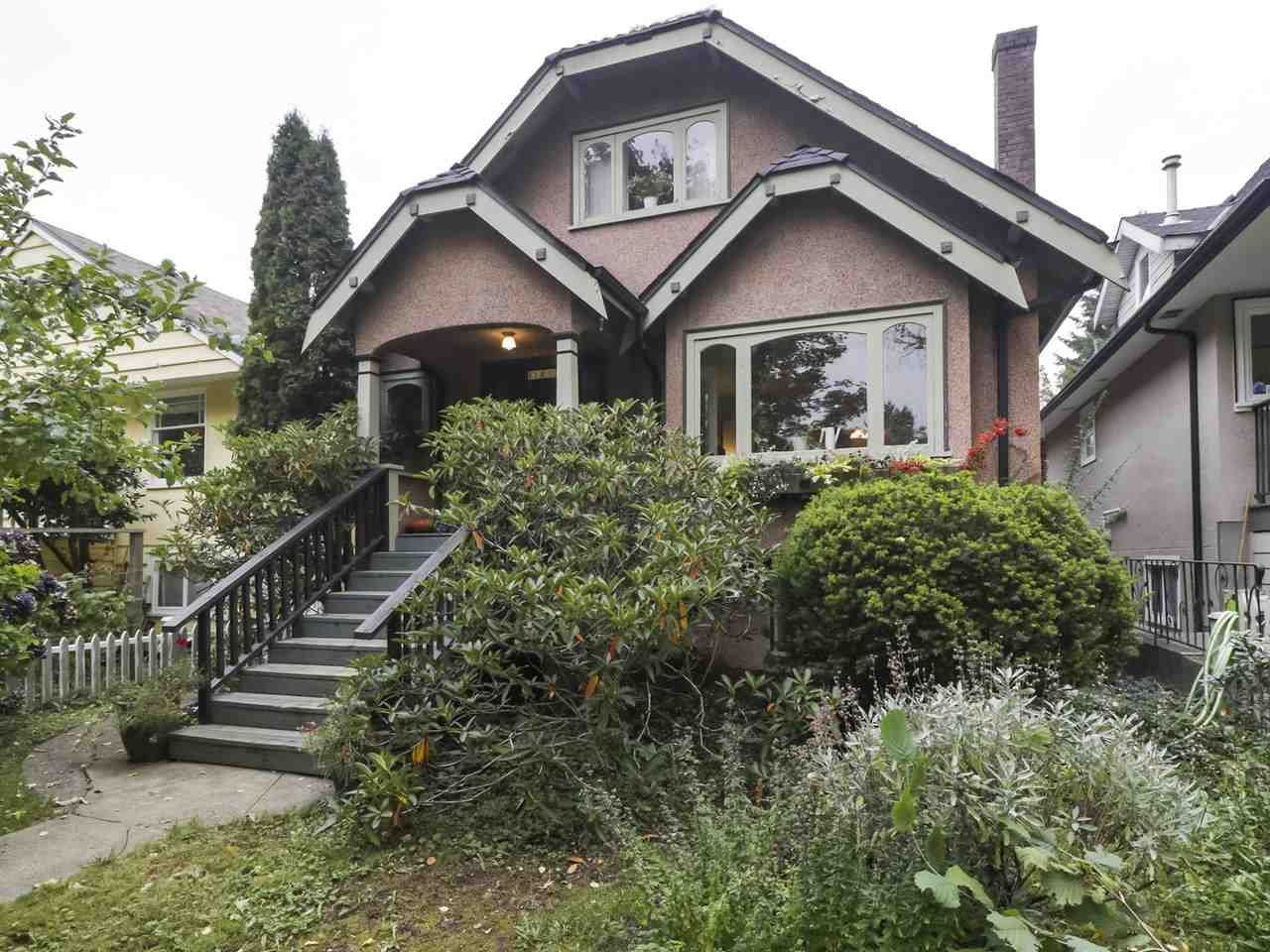 Main Photo:  in Vancouver: Dunbar House for rent (Vancouver West)  : MLS®# AR139B