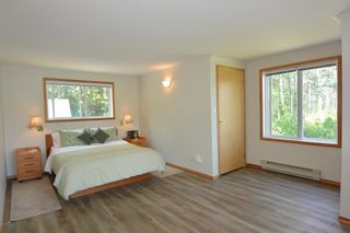Photo 13: 6360 BERNIE Road in Smithers: Smithers - Rural House for sale (Smithers And Area (Zone 54))  : MLS®# R2385601