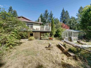 Photo 9: 834 PARK Road in Gibsons: Gibsons & Area House for sale (Sunshine Coast)  : MLS®# R2494965