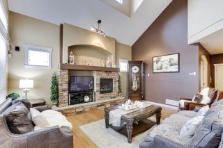 Photo 4: 21018 83A Avenue in Langley: Willoughby Heights House for sale : MLS®# R2538065