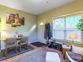 Photo 8: 104 584 Rosehill St in Nanaimo: Na Central Nanaimo Row/Townhouse for sale : MLS®# 886756
