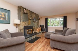 Photo 4: 2670 Selwyn Rd in Langford: La Atkins Half Duplex for sale : MLS®# 842244