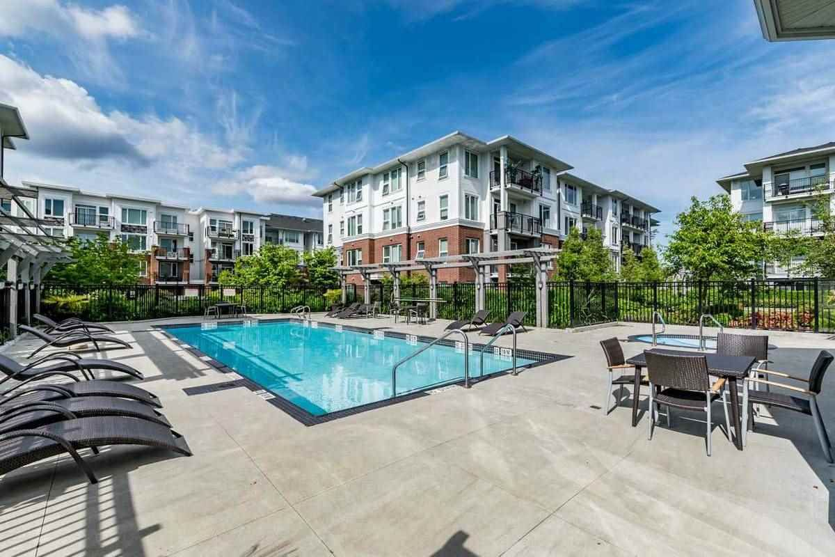 Main Photo: 216 9388 MCKIM Way in Richmond: West Cambie Condo for sale : MLS®# R2195954