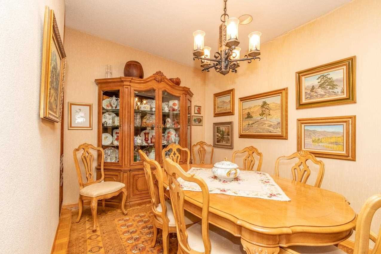 Photo 13: Photos: 385 MONTERAY Avenue in North Vancouver: Upper Delbrook House for sale : MLS®# R2582994