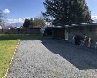 Photo 2: 42441 PETERS Road in Sardis - Greendale: Greendale Chilliwack House for sale (Sardis)  : MLS®# R2551910