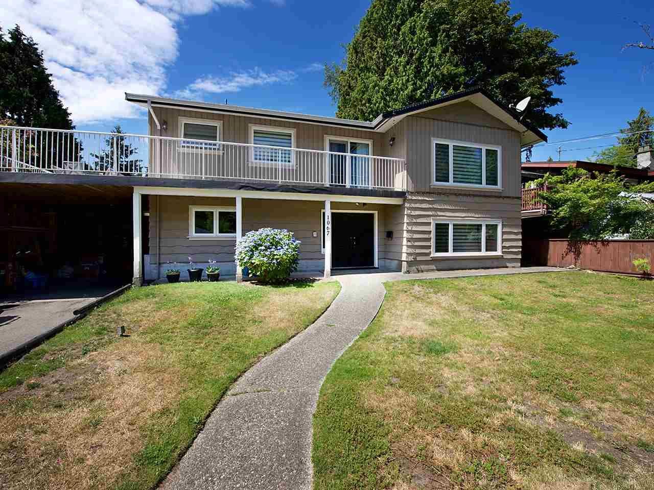 Main Photo: 1067 WILMINGTON Drive in Delta: Tsawwassen Central House for sale (Tsawwassen)  : MLS®# R2090180