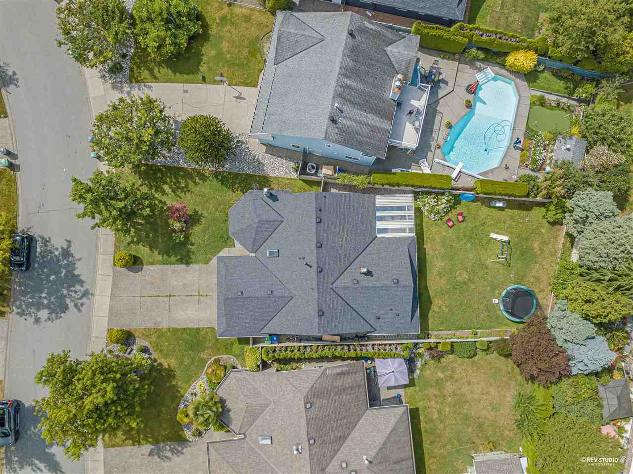 Photo 7: Photos: 15423 93 Avenue in Surrey: Fleetwood Tynehead House for sale : MLS®# R2488101