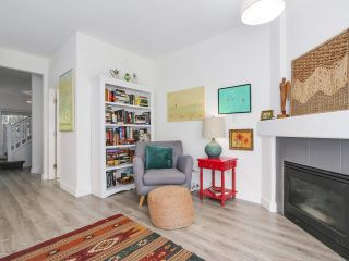 """Photo 9: 1165 VIDAL STREET: White Rock Townhouse for sale in """"Montecito by the Sea"""" (South Surrey White Rock)  : MLS®# R2204534"""
