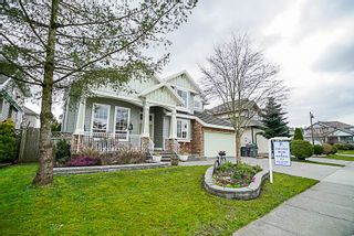 Photo 2: 16660 63A Avenue in Surrey: Cloverdale BC House for sale (Cloverdale)  : MLS®# R2249613