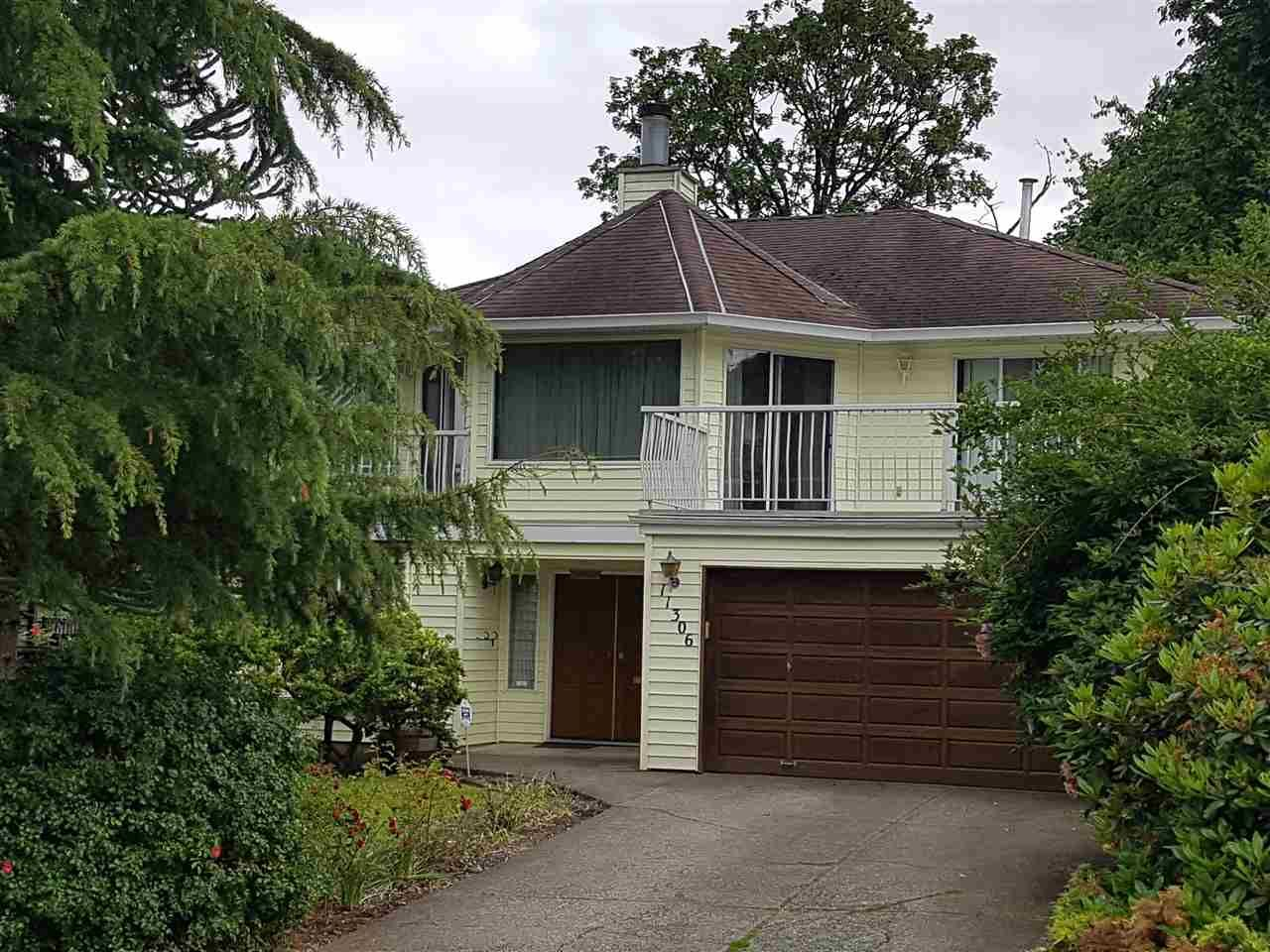 "Main Photo: 11306 ROXBURGH Road in Surrey: Bolivar Heights House for sale in ""bolivar"" (North Surrey)  : MLS®# R2177662"