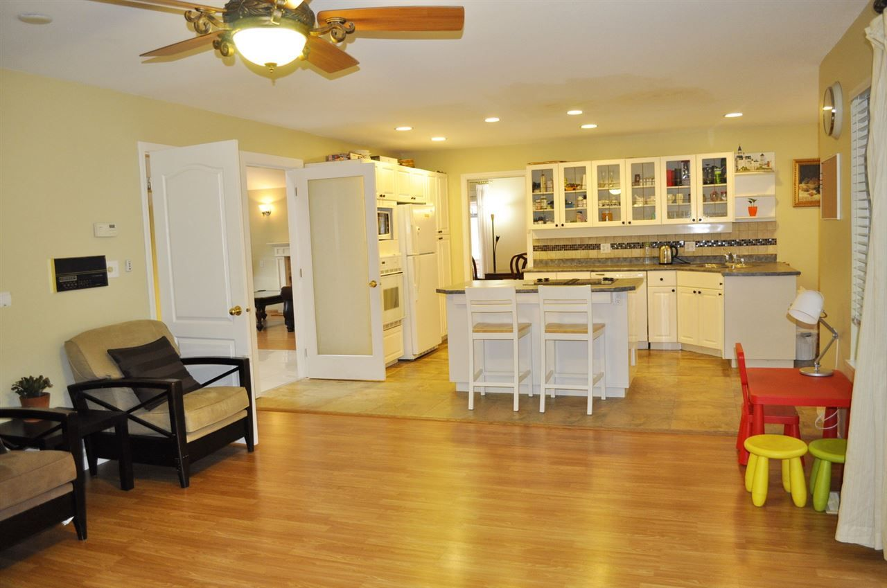 "Photo 9: Photos: 11056 SOUTHRIDGE Road in Delta: Sunshine Hills Woods House for sale in ""Sunshine Hills Woods"" (N. Delta)  : MLS®# R2201766"