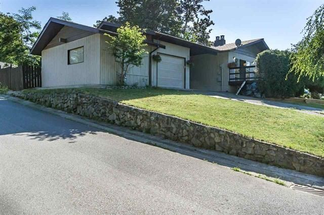 Main Photo: 23406 TAMARACK Lane in Maple Ridge: Albion House for sale : MLS®# R2111235