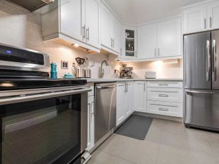 Photo 3: 206 1420 E 8TH AVENUE in Vancouver: Grandview Woodland Condo for sale (Vancouver East)  : MLS®# R2430101