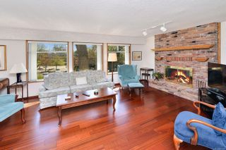 Photo 2: 3301 Argyle Pl in : SE Camosun House for sale (Saanich East)  : MLS®# 873581