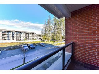 "Photo 19: 206 15956 86A Avenue in Surrey: Fleetwood Tynehead Condo for sale in ""Ascend"" : MLS®# R2030570"