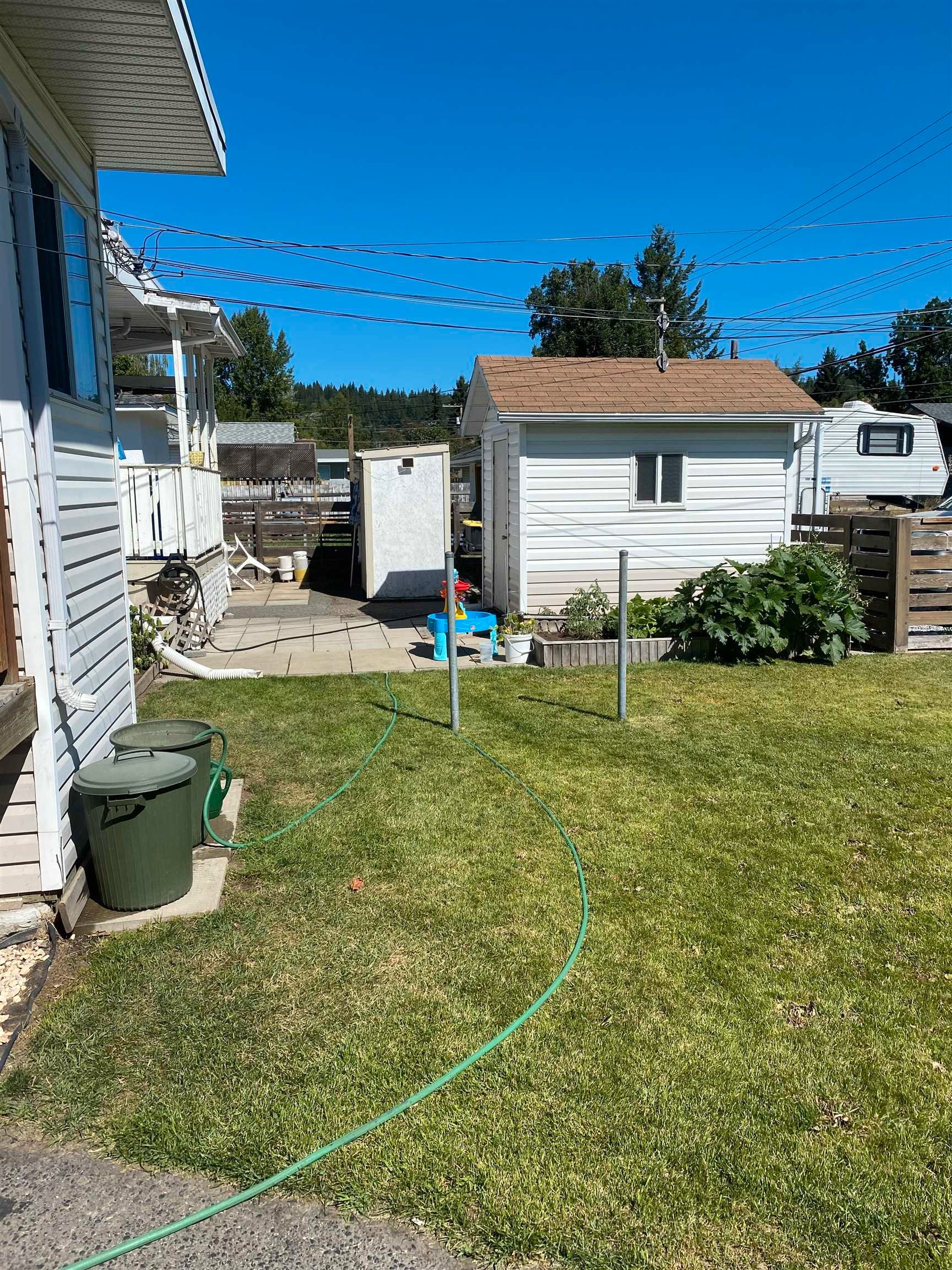 Photo 3: Photos: 346 - 352 CARNEY Street in Prince George: Central Duplex for sale (PG City Central (Zone 72))  : MLS®# R2609479