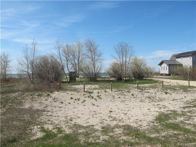 Photo 1: Photos:  in Woodlands: Twin Lake Beach Residential for sale (R19)  : MLS®# 1711980