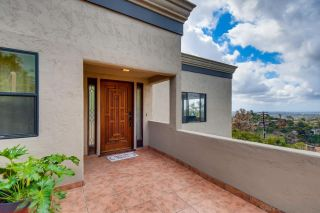Photo 5: MOUNT HELIX House for sale : 5 bedrooms : 4460 Ad Astra Way in La Mesa