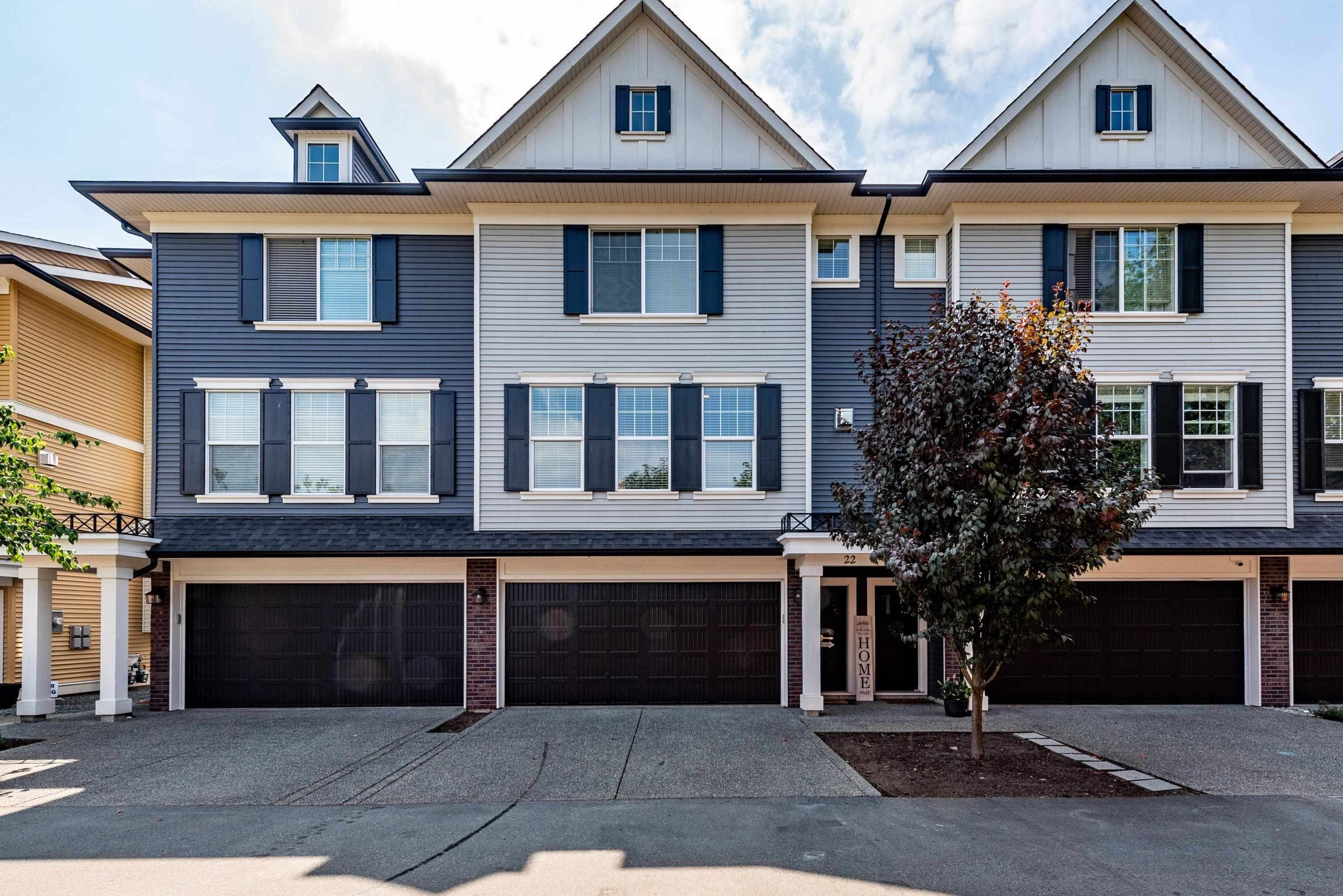 """Main Photo: 22 1640 MACKAY Crescent: Agassiz Townhouse for sale in """"The Langtry"""" : MLS®# R2610856"""