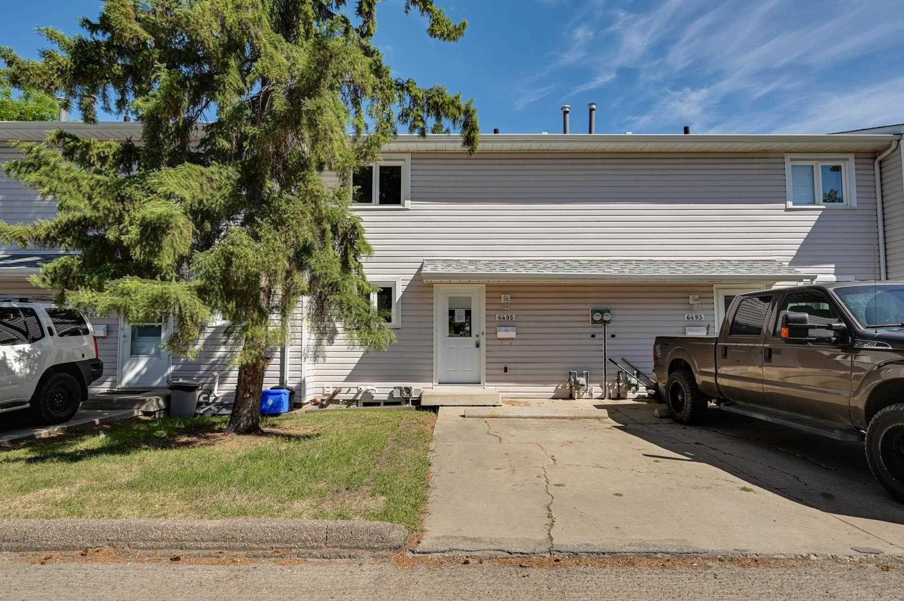 Main Photo:  in Edmonton: Zone 20 Townhouse for sale : MLS®# E4249636