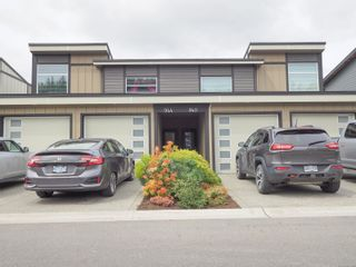 Photo 1: 944 Warbler Close in : La Happy Valley Row/Townhouse for sale (Langford)  : MLS®# 874281