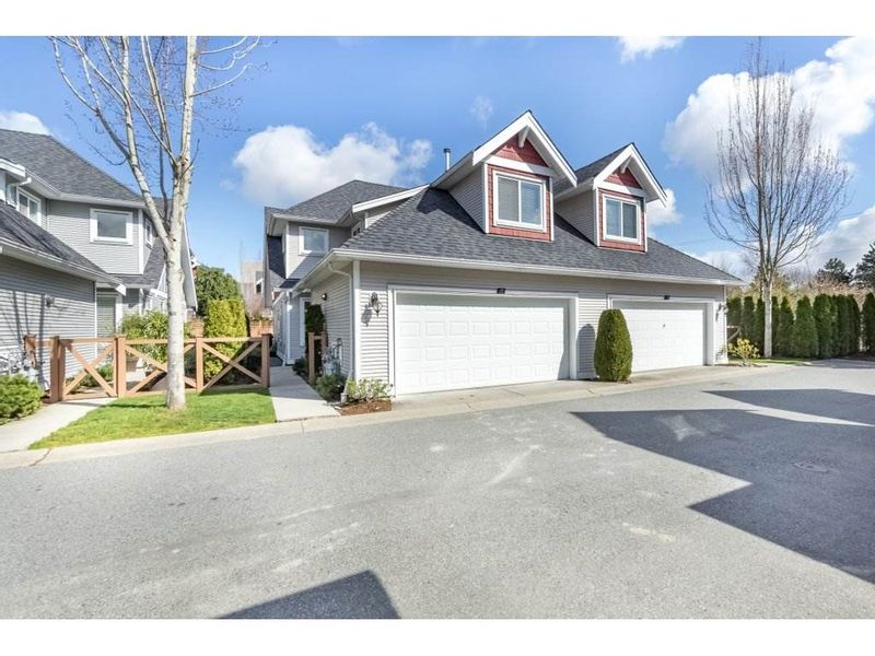FEATURED LISTING: 10 - 19977 71 Avenue Langley