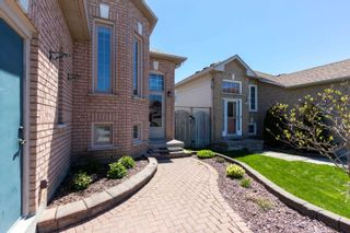 Photo 3: 13 Willey Drive in Clarington: Bowmanville House (Bungalow-Raised) for sale : MLS®# E5234666