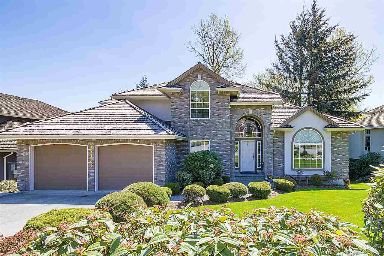 """Main Photo: 35928 MARSHALL Road in Abbotsford: Abbotsford East House for sale in """"Mountain Meadows"""" : MLS®# R2265168"""