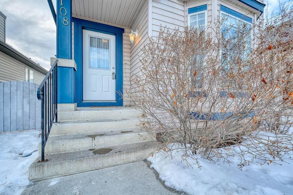 Main Photo: 108 Bridleridge Gardens SW in Calgary: Bridlewood Detached for sale : MLS®# A1071298