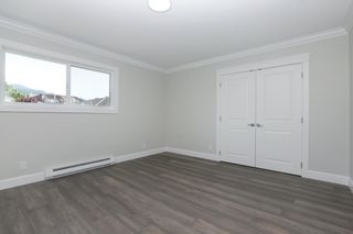 Photo 13: 268 E 9TH Street in North Vancouver: Central Lonsdale 1/2 Duplex for sale : MLS®# R2202728