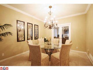 "Photo 3: 22 5811 122 Street in Surrey: Panorama Ridge Townhouse for sale in ""Lakebridge Estates"" : MLS®# F1104192"