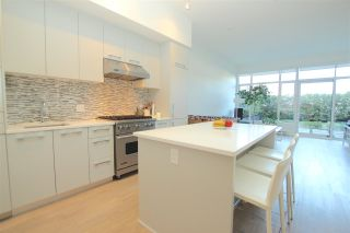 """Photo 10: 102 4355 W 10TH Avenue in Vancouver: Point Grey Condo for sale in """"IRON & WHYTE"""" (Vancouver West)  : MLS®# R2112416"""