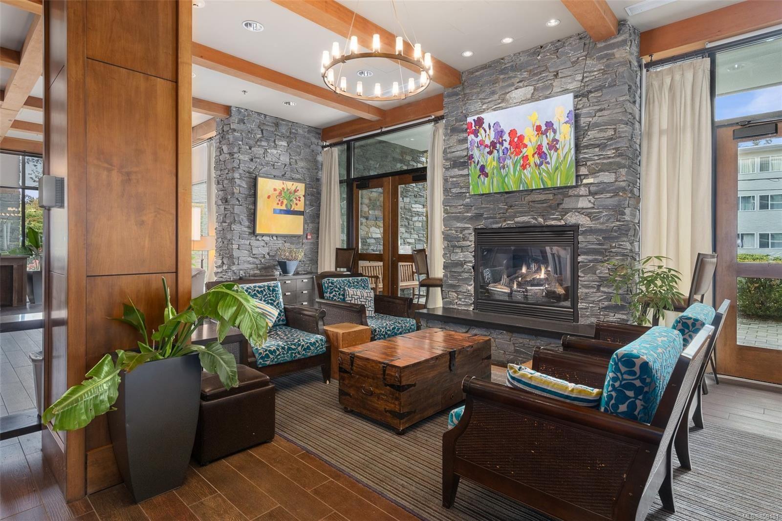 Main Photo: 507 500 Oswego St in : Vi James Bay Condo for sale (Victoria)  : MLS®# 858101