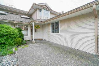 """Photo 2: 106 9045 WALNUT GROVE Drive in Langley: Walnut Grove Townhouse for sale in """"BRIDLEWOODS"""" : MLS®# R2573586"""