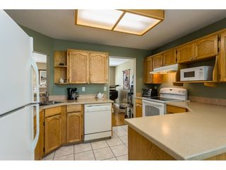 """Photo 3: 39 3292 VERNON Terrace in Abbotsford: Abbotsford East Townhouse for sale in """"Crown Point Villas"""" : MLS®# R2604950"""