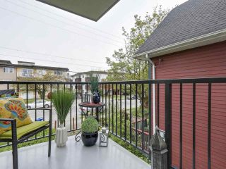 """Photo 10: 204 36 E 14 Avenue in Vancouver: Mount Pleasant VE Condo for sale in """"Rosemont Manor"""" (Vancouver East)  : MLS®# R2166015"""