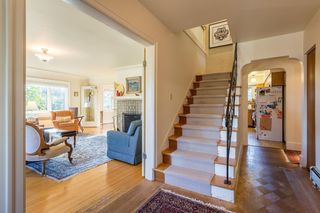 Photo 4: 4208 W 9TH Avenue in Vancouver: Point Grey House for sale (Vancouver West)  : MLS®# R2526479