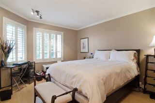 Photo 8: 216 121 W 29TH Street in North Vancouver: Upper Lonsdale Condo for sale : MLS®# R2045680