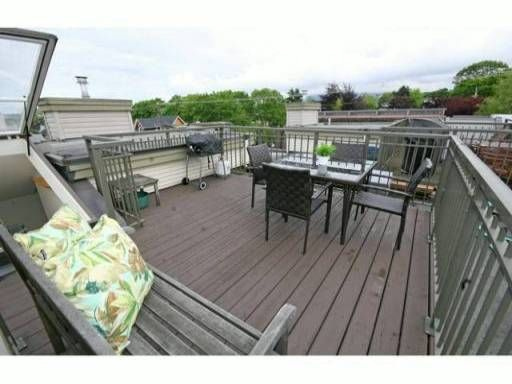 """Photo 7: Photos: 30 2375 W BROADWAY in Vancouver: Kitsilano Townhouse for sale in """"TALIESIN"""" (Vancouver West)  : MLS®# V834617"""