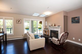 """Photo 3: 7 1966 YORK Avenue in Vancouver: Kitsilano Townhouse for sale in """"1966 YORK"""" (Vancouver West)  : MLS®# R2608137"""